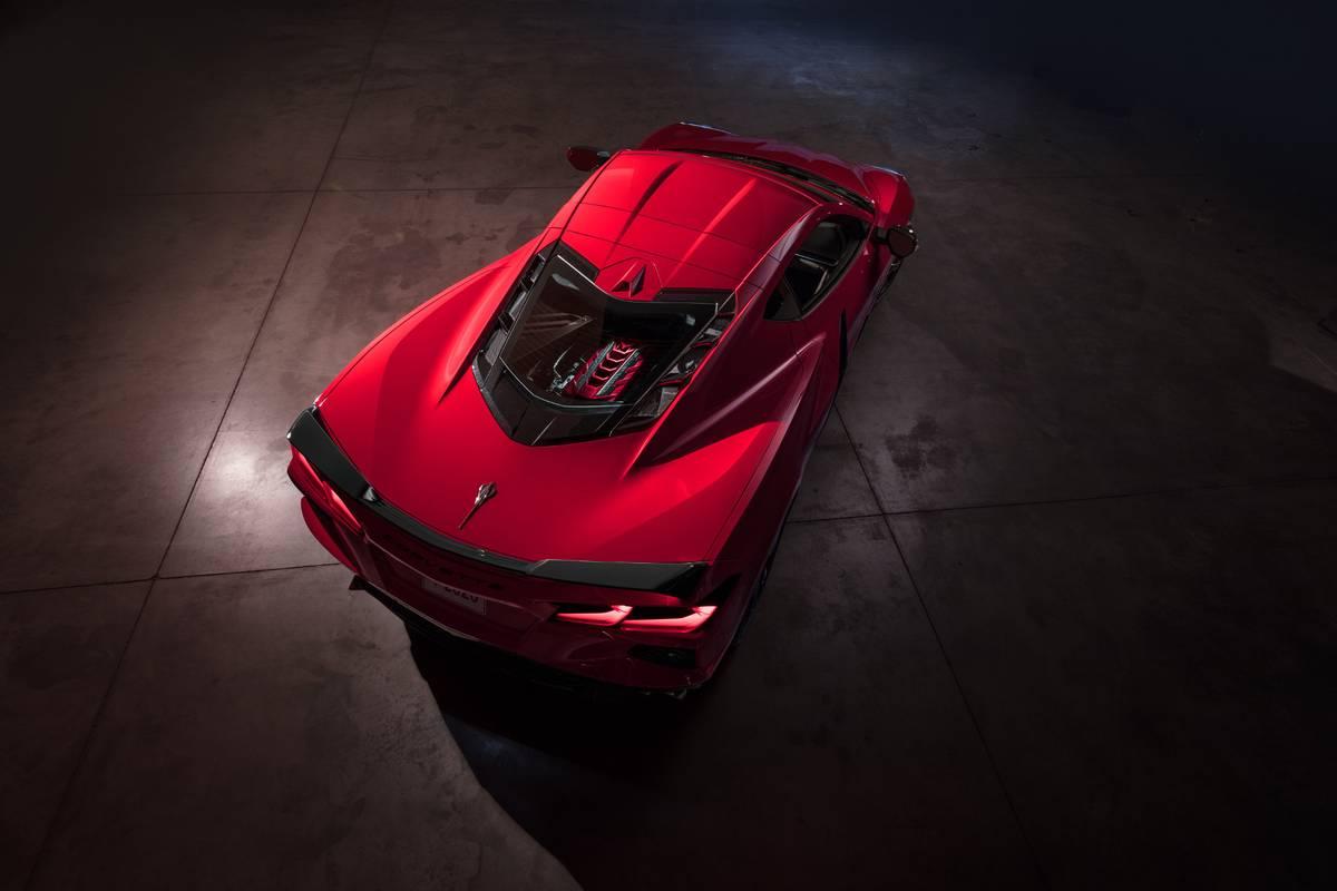 chevrolet-corvette-stingray-2020-05-angle--exterior--overhead--rear--red.jpg