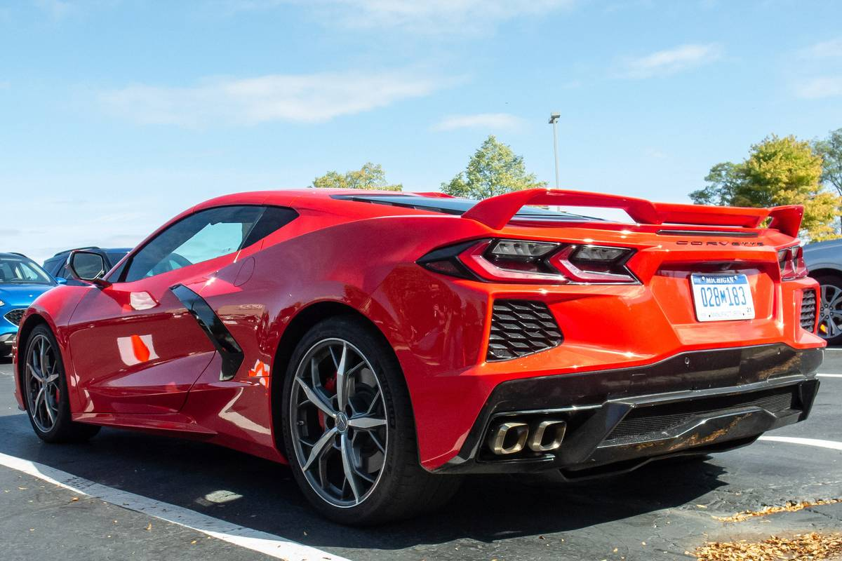2020 Chevrolet Corvette What It Lacks In Timeliness It Makes Up In Zero To 60 Time News Cars Com