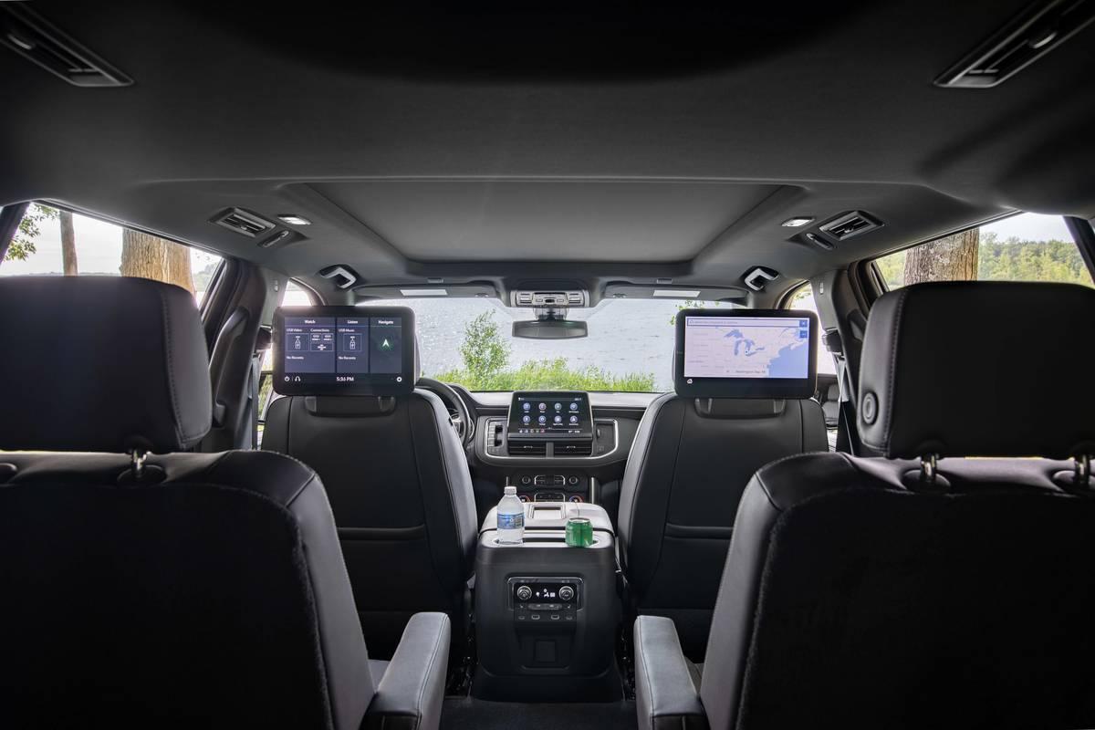 2021 Chevrolet Suburban Z71 interior