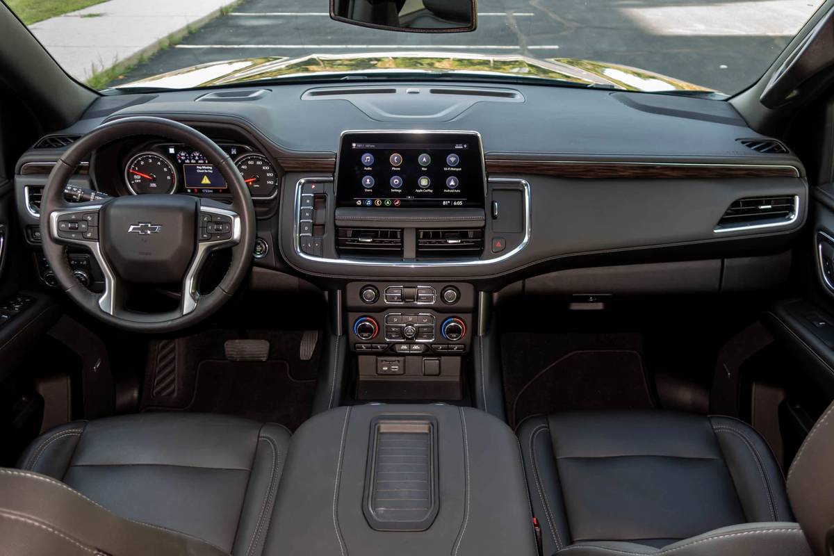 2021 Chevrolet Tahoe Z71 dashboard