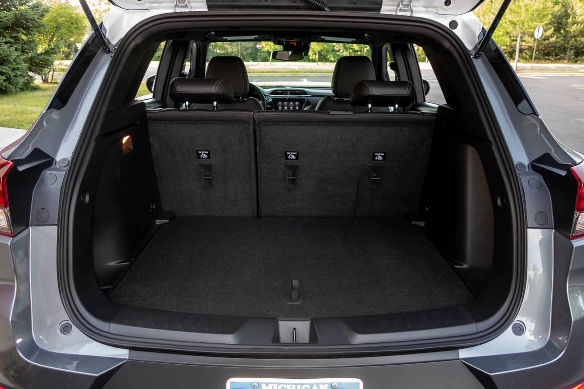 2021 Chevrolet Trailblazer rear cargo