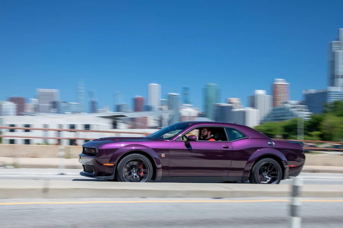 dodge-challenger-r-t-scat-pack-widebody-2020-01-dynamic--exterior--profile--purple.jpg