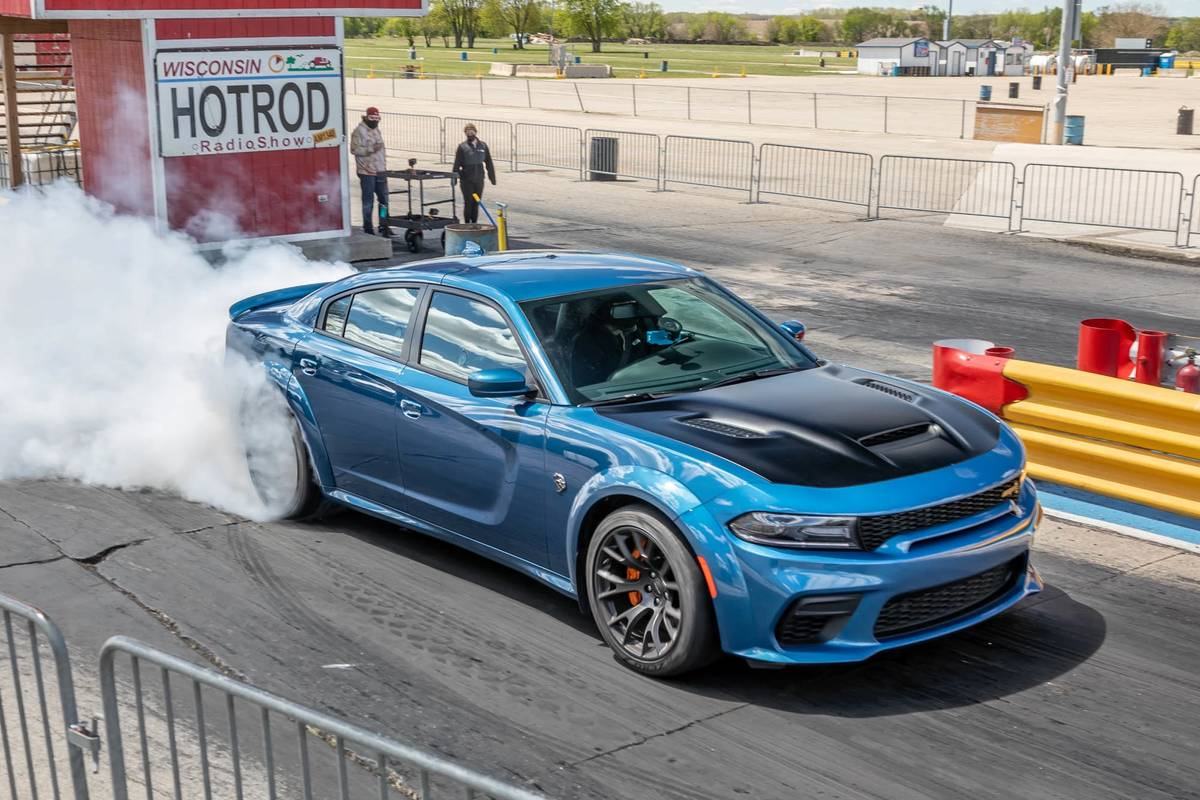 Going for 10.6: Drag-Strip Testing the 2021 Dodge Charger SRT Hellcat Redeye