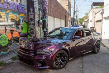Is the 2020 Dodge Charger SRT Hellcat Widebody Boring, or Am I Just Dumb?