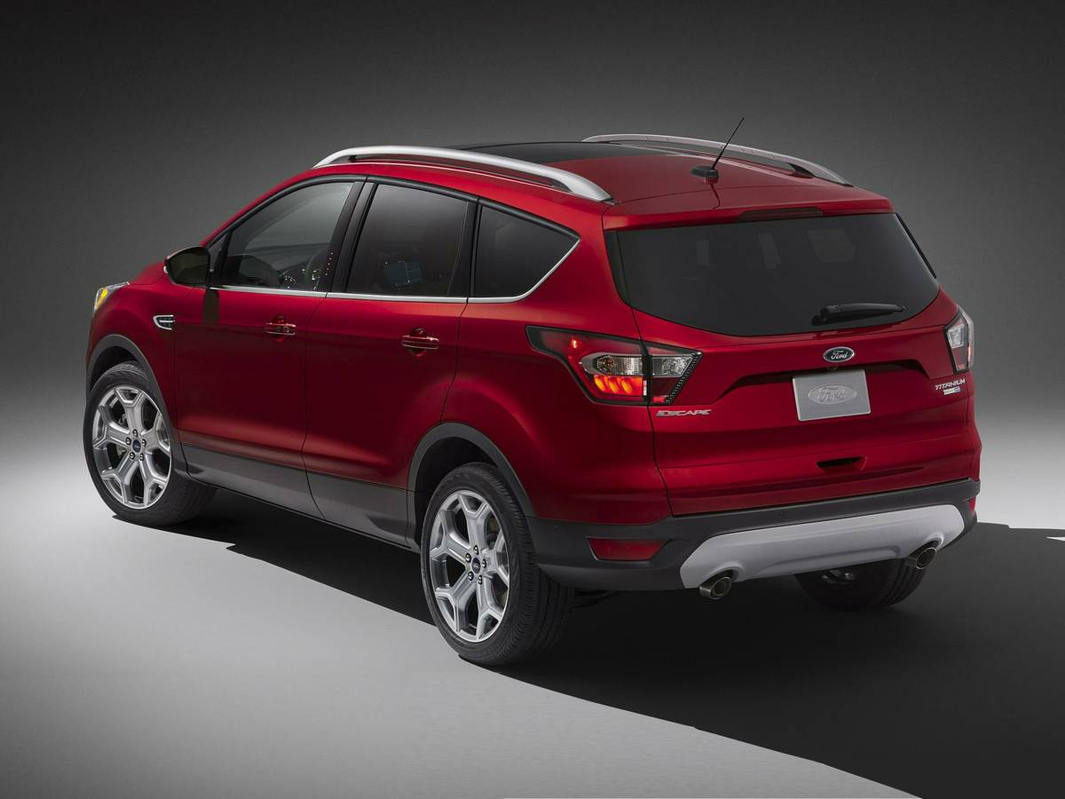 ford-escape-2019-exterior-rear-three-quarter-oem