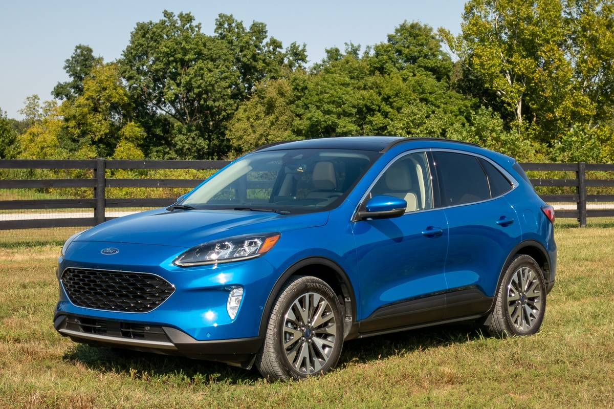 Ford Escape: Which Should You Buy, 2020 or 2021?