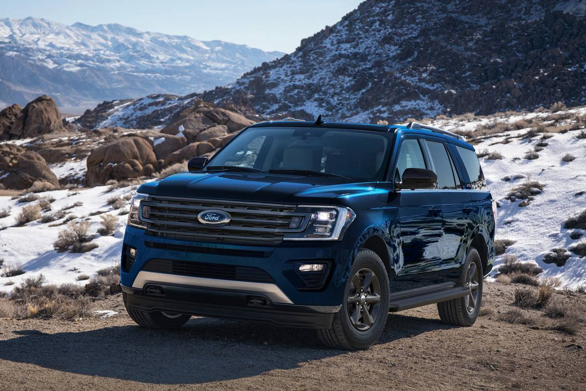 ford-expedition-2021-angle-exterior-front-oem.jpg