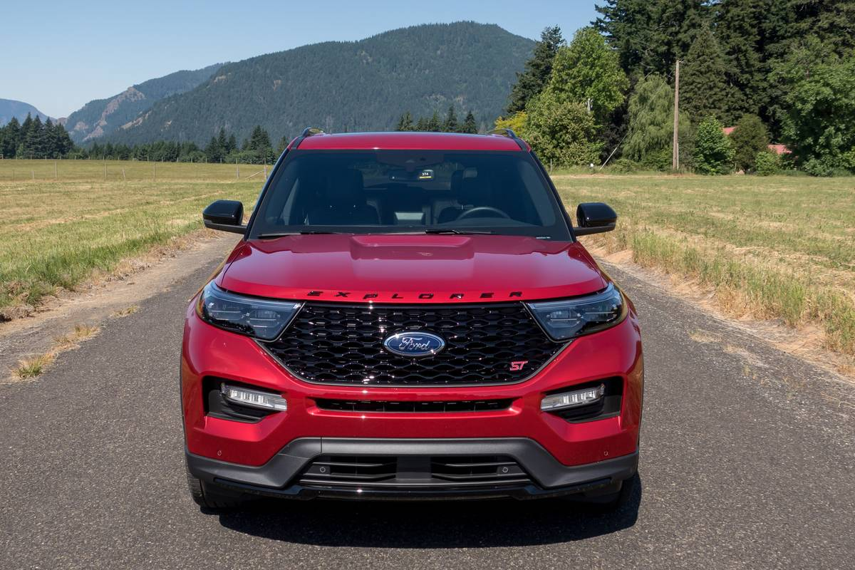 ford-explorer-st-2020-02-exterior--front--red.jpg