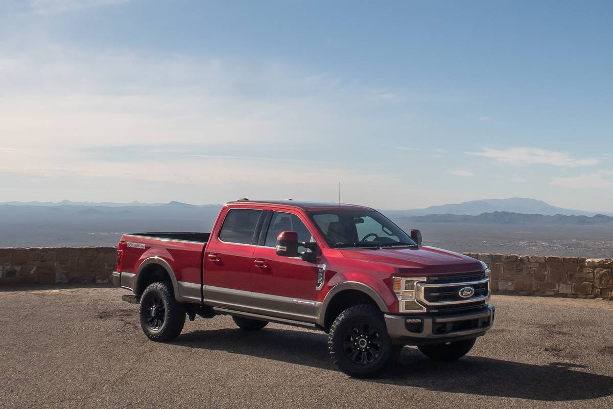 ford-f-250-super-duty-2020-12-angle--exterior--front--red.jpg