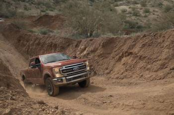 2020 Ford Super Duty F-250/F-350: 6 Pros and 3 Cons
