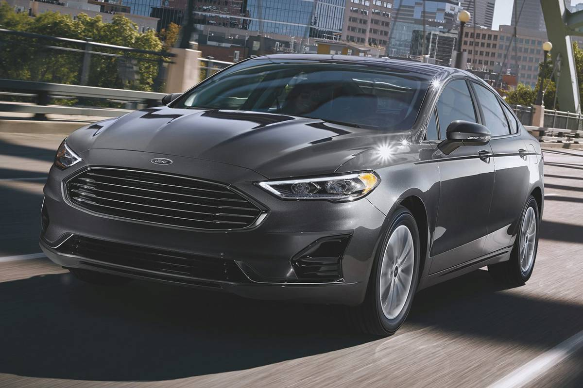 ford-fusion-2019-exterior-front-oem1