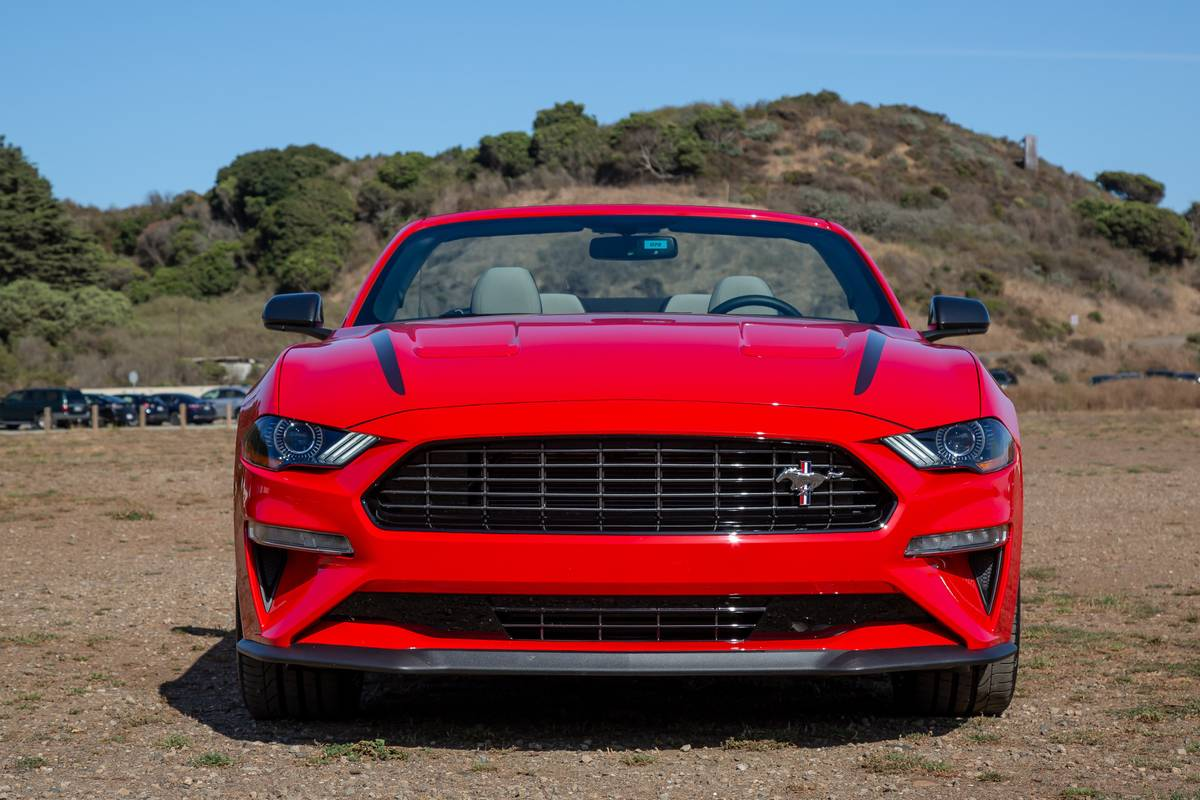 2020 Ford Mustang Ecoboost High Performance Package 6 Things We Like 3 Things We Don T News Cars Com
