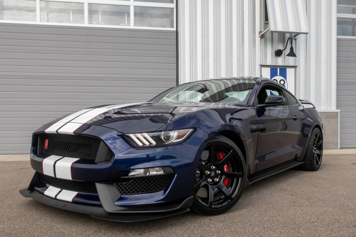 2020 ford mustang shelby gt350r track ready street capable news cars com 2020 ford mustang shelby gt350r