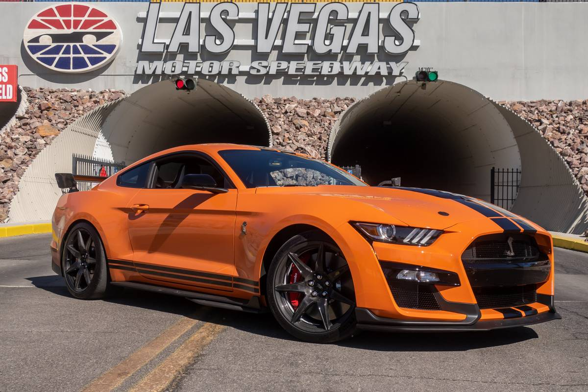2020 Ford Shelby Gt500 Specs Price Mpg Reviews Cars Com