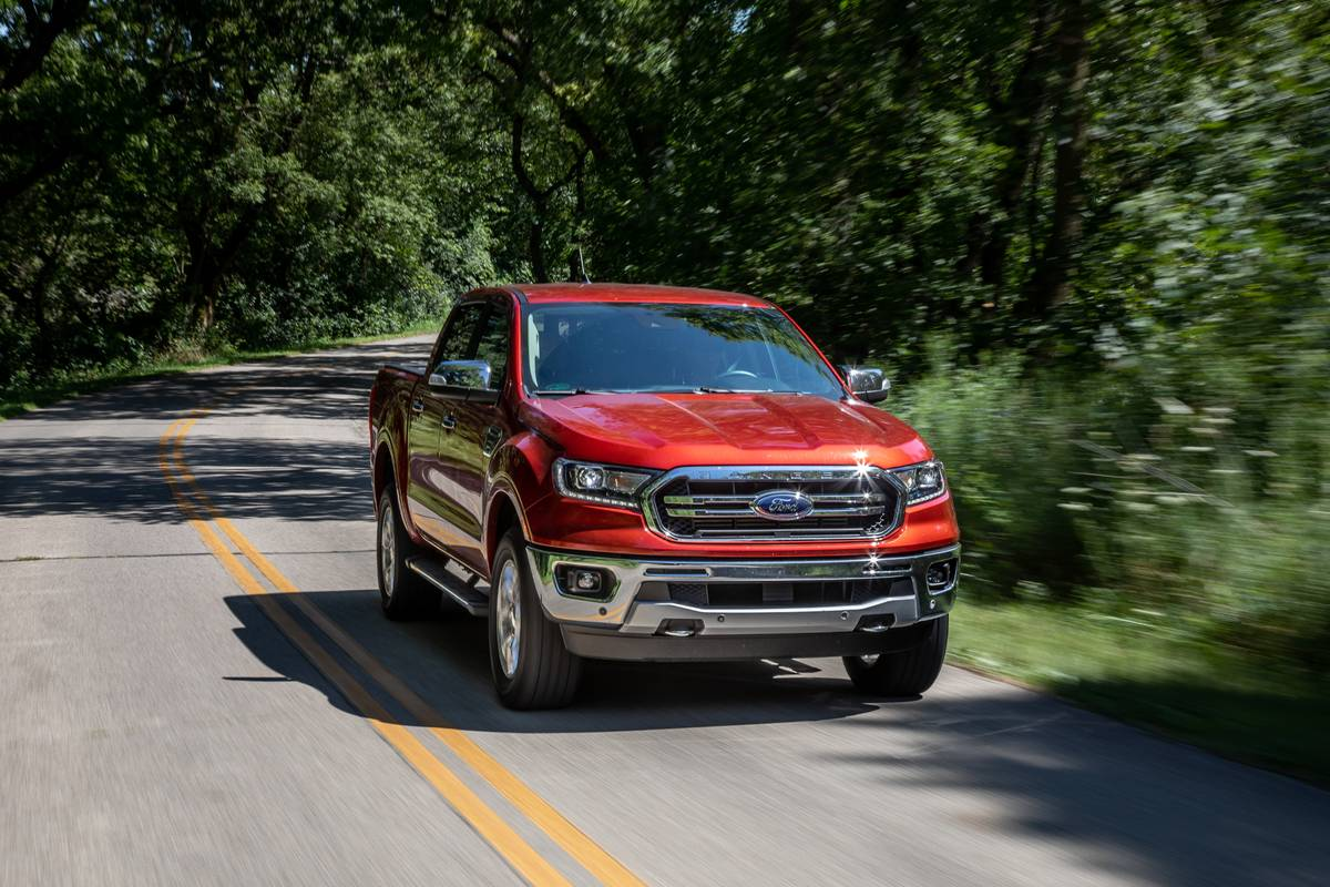 ford-ranger-2019-01-angle--dynamic--exterior--front--red.jpg