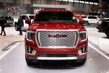 Top 5 Reviews and Videos of the Week: Kia Cadenza, GMC Yukon Among Chicago Auto Show Standouts