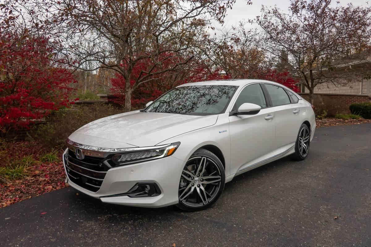 White 2021 Honda Accord Hybrid
