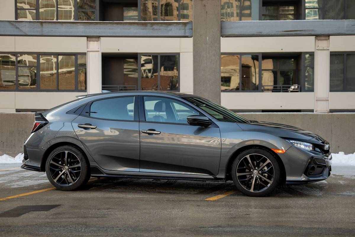 2020 Honda Civic Hatchback Review Still King Of Compacts News Cars Com