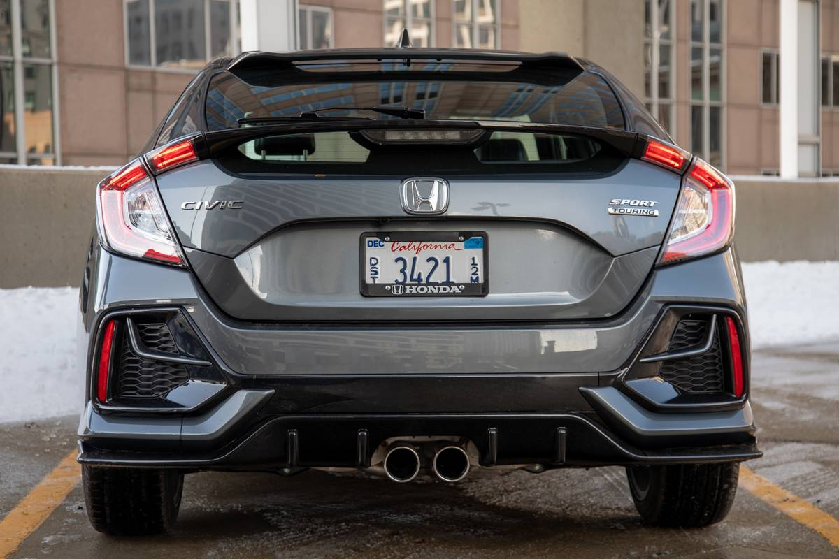 2020 Honda Civic Hatchback 8 Things We Like And 2 Not So Much News Cars Com