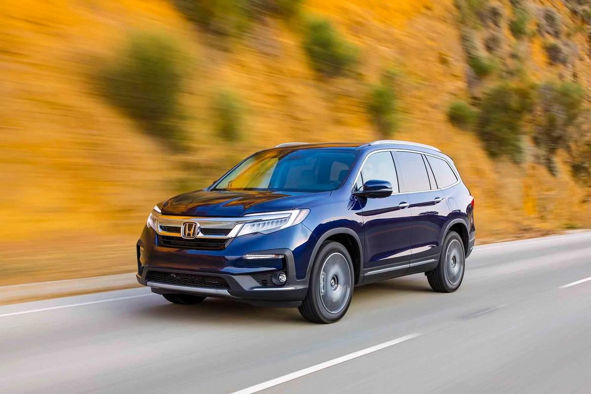 Honda Pilot Which Should You Buy 2020 Or 2021 News Cars Com
