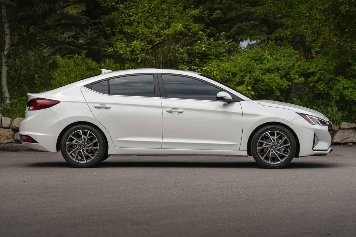 White 2020 Hyundai Elantra