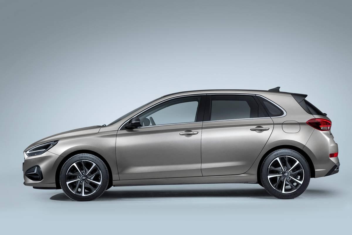 2021 Hyundai I30 Hatchback The Next Elantra Gt News Cars Com