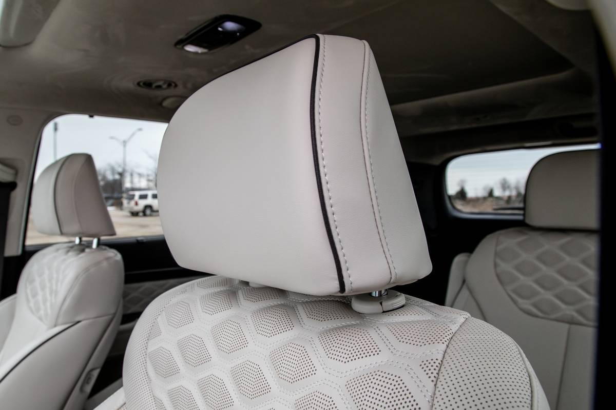 2020 Hyundai Palisade front seat head rest