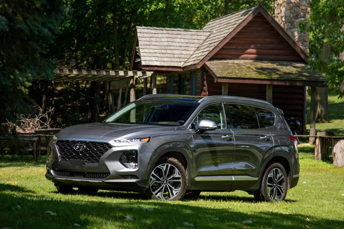 10 Biggest News Stories of the Week: 2019 Hyundai Santa Fe Challenges Palisade and Wins