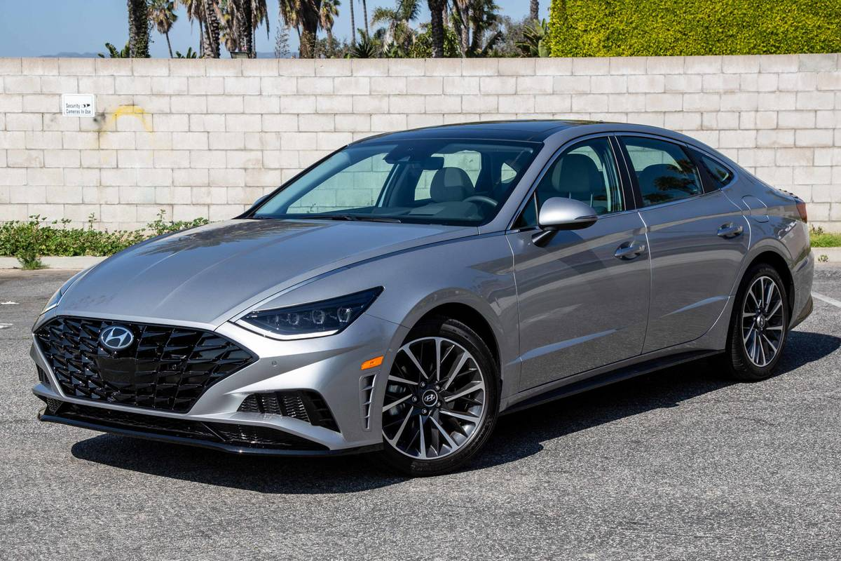 smart park feature in the 2020 hyundai sonata 5 questions answered news cars com smart park feature in the 2020 hyundai