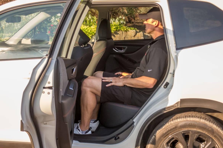 26-subaru-forester-sport-2019-backseat--interior.jpg