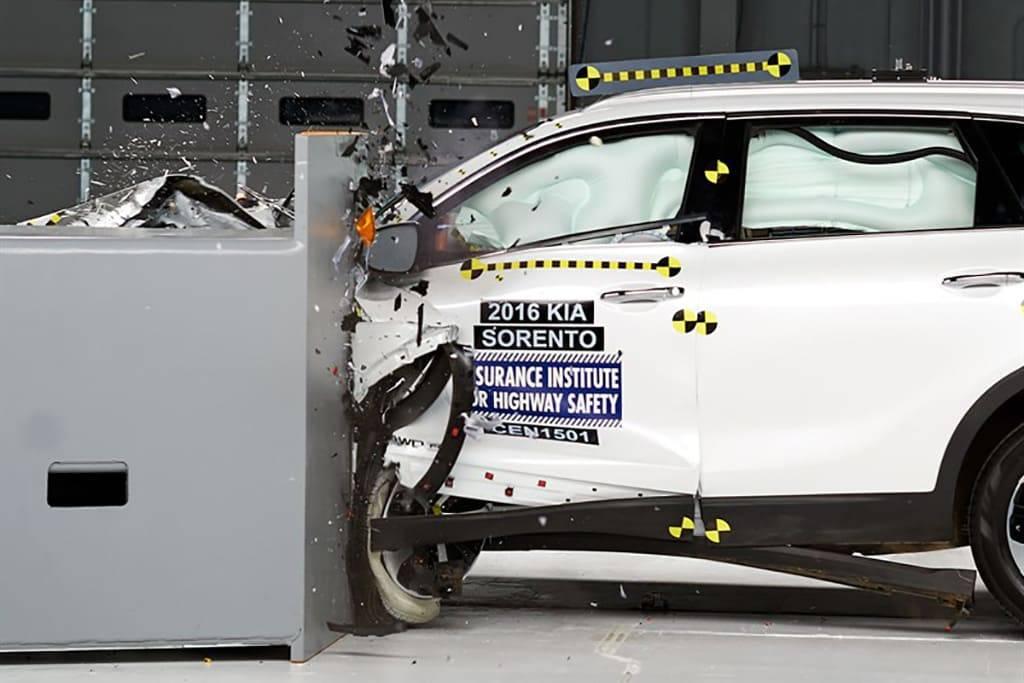 2019 Sorento SUV Sticks Another Feather in Kia's Crashworthiness Cap