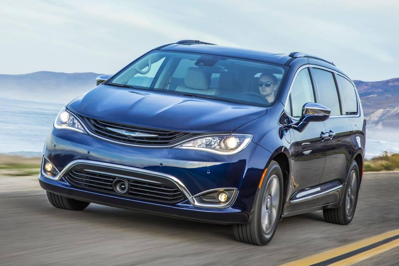 2019 Chrysler Pacifica Hybrid.jpg
