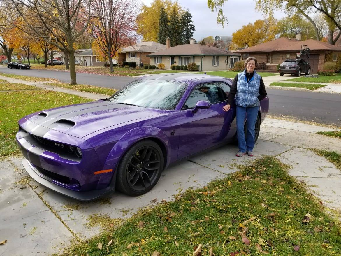 Grandma Got Bowled Over By A Hellcat 2019 Dodge Challenger Srt Hellcat Redeye News Cars Com