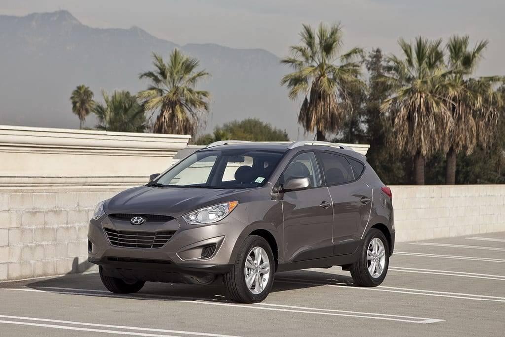 11_Hyundai_Tucson_ES.jpg