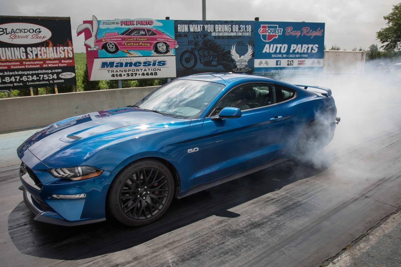Dodge Challenger R/T Scat Pack 1320 Vs. Ford Mustang GT: Drag-Strip Tested