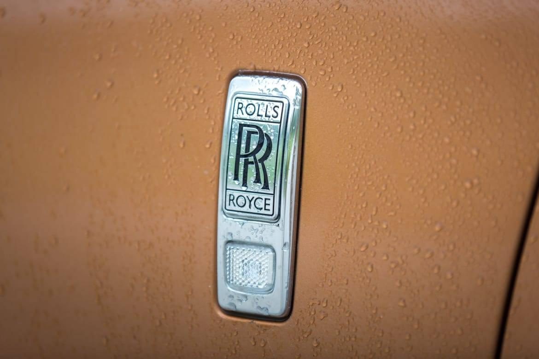 16Rolls-Royce_Dawn_AC_26.jpg