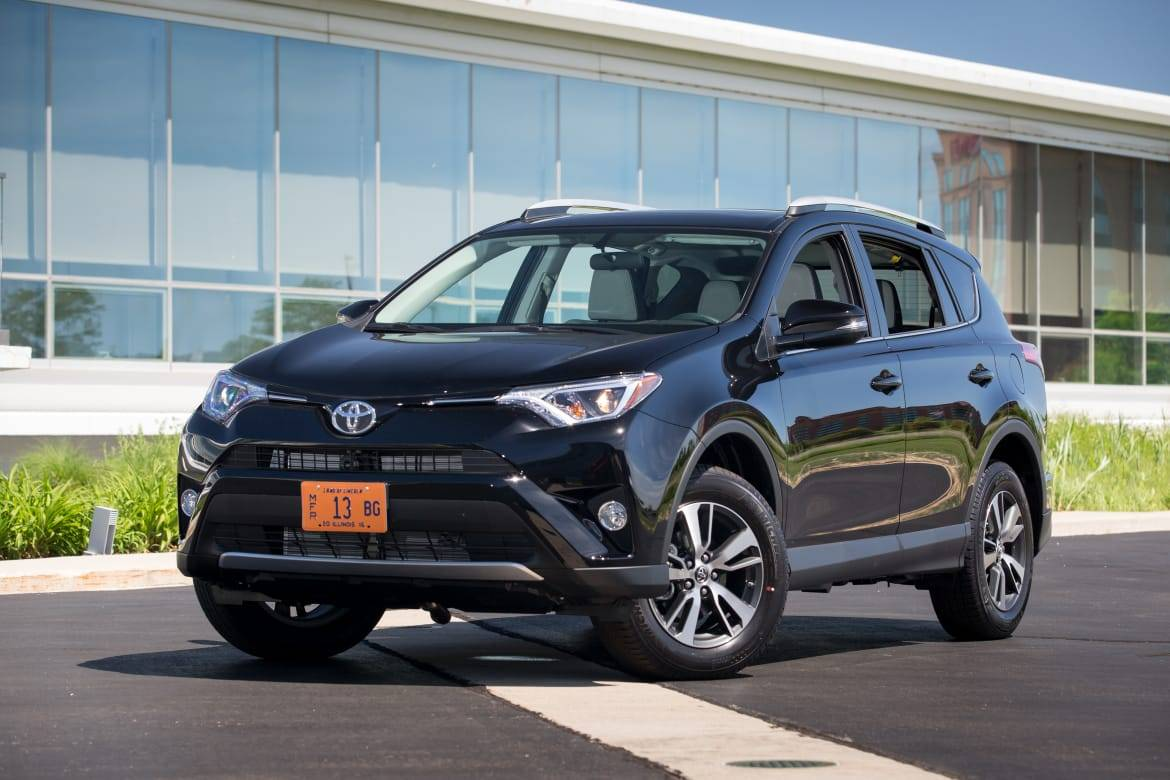 Top 10 Best-Selling Cars: August 2016