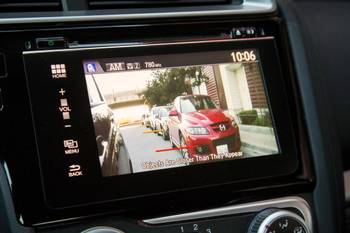 Honda's LaneWatch Camera Proves Favorite in Long-Term Fit