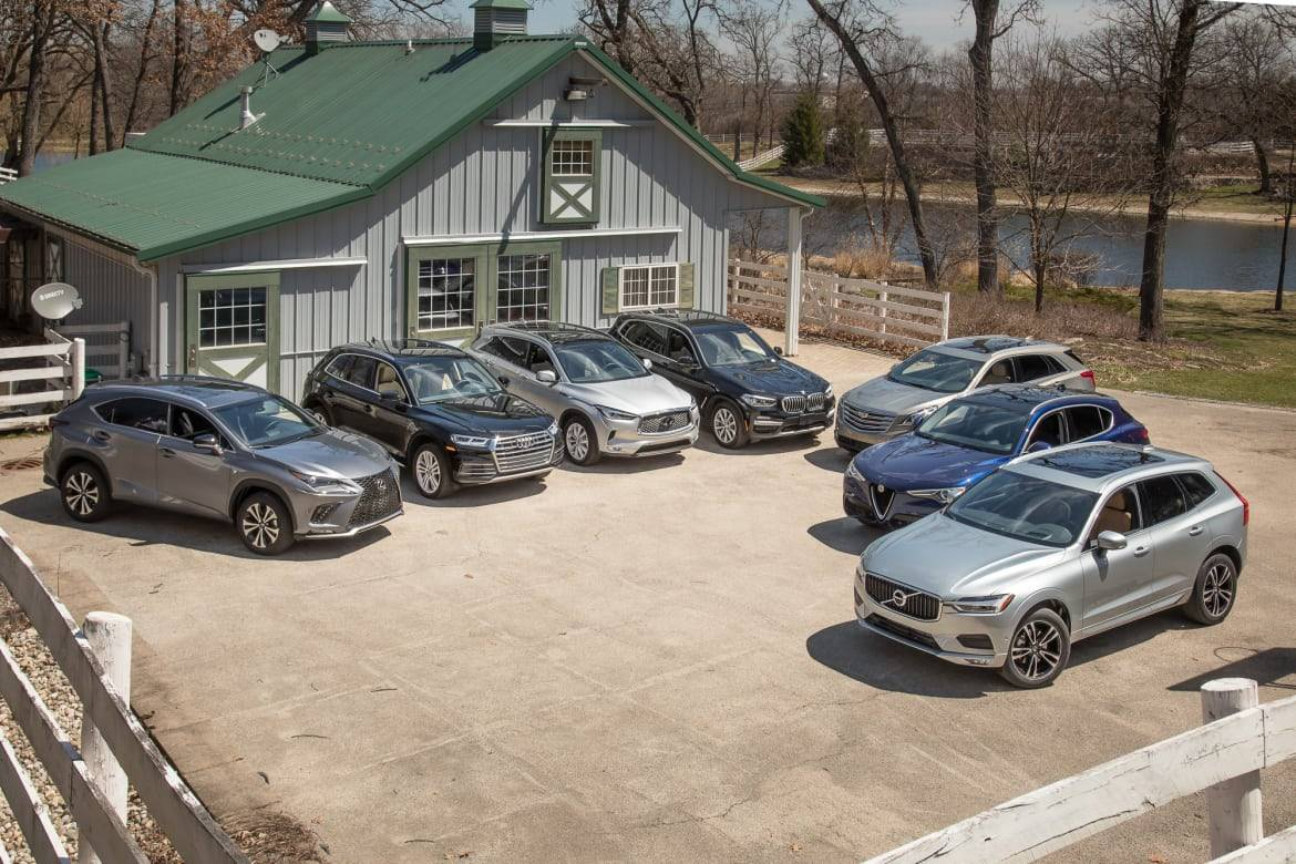 01-group-shot-2018-lc-suv-chl-cl-exterior.jpg