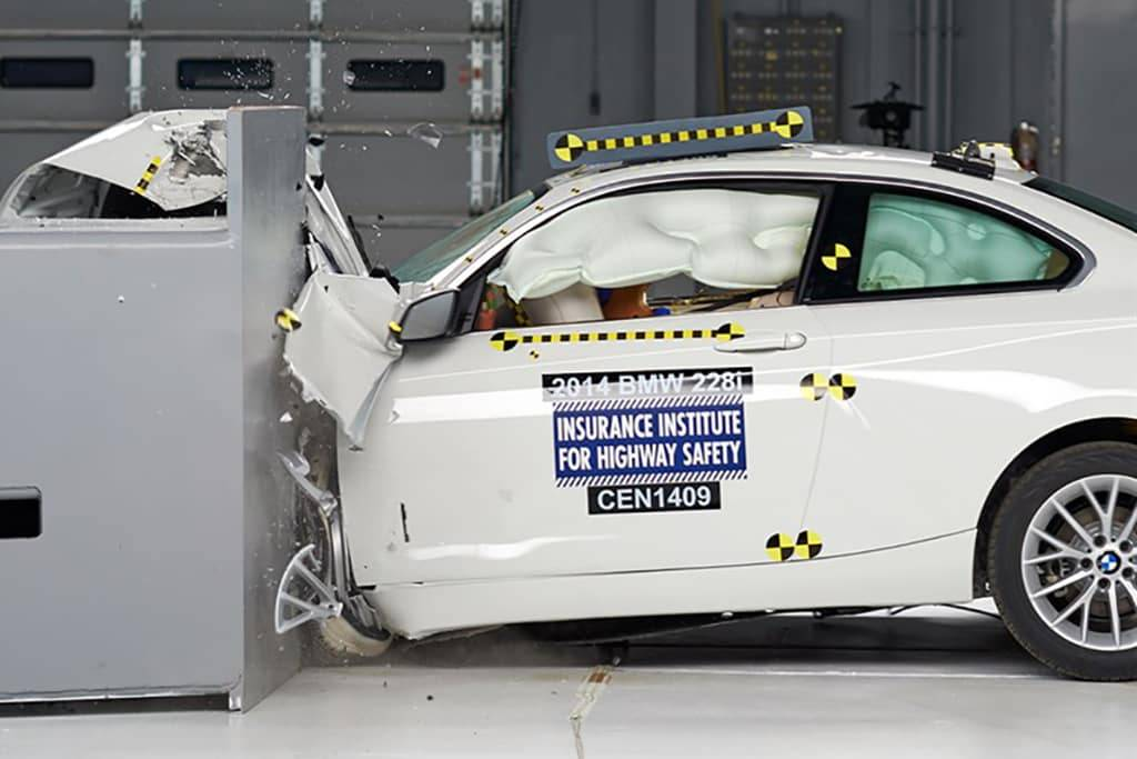 17_BMW_2_Series_Top_Safety_Pick_Plus.jpg