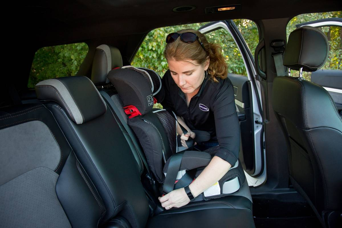 How Do Car Seats Fit in a 2018 Ford Explorer?