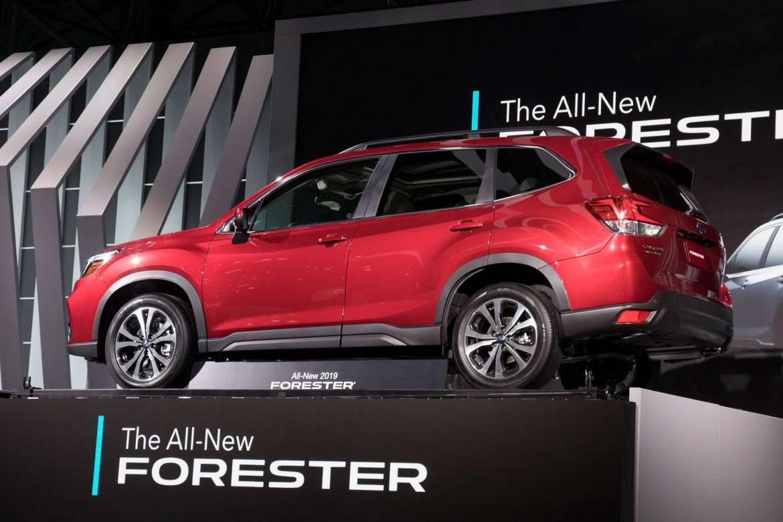 01-subaru-forester-2019-18NYIAS--angle--autoshow--exterior--rear