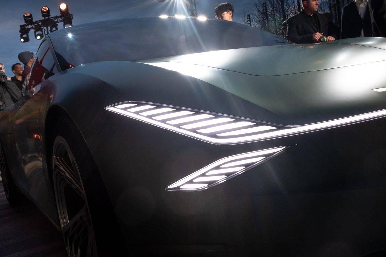 15-genesis-mint-concept-exterior--front--headlights.jpg