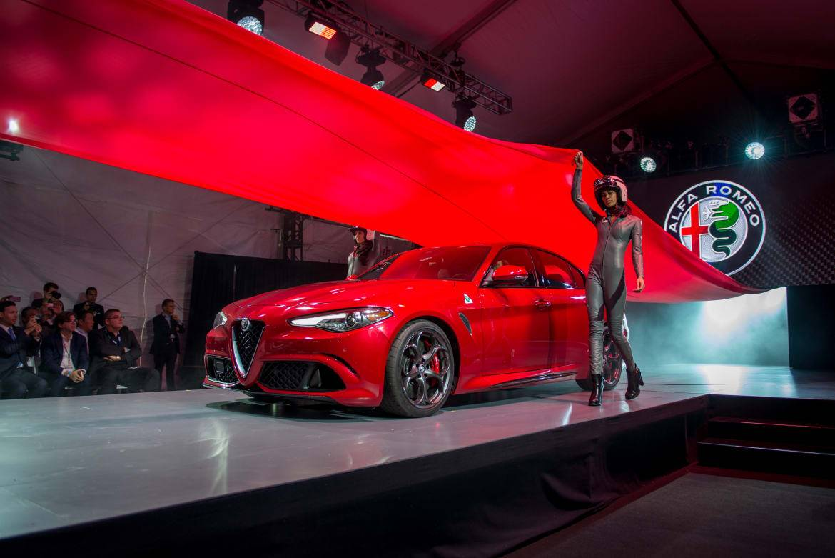 2015 Los Angeles Auto Show Winners and Losers