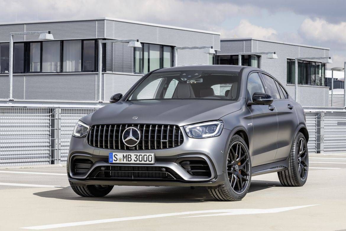 08-mercedes-benz-glc-63-coupe-2020-angle--exterior--front--silve