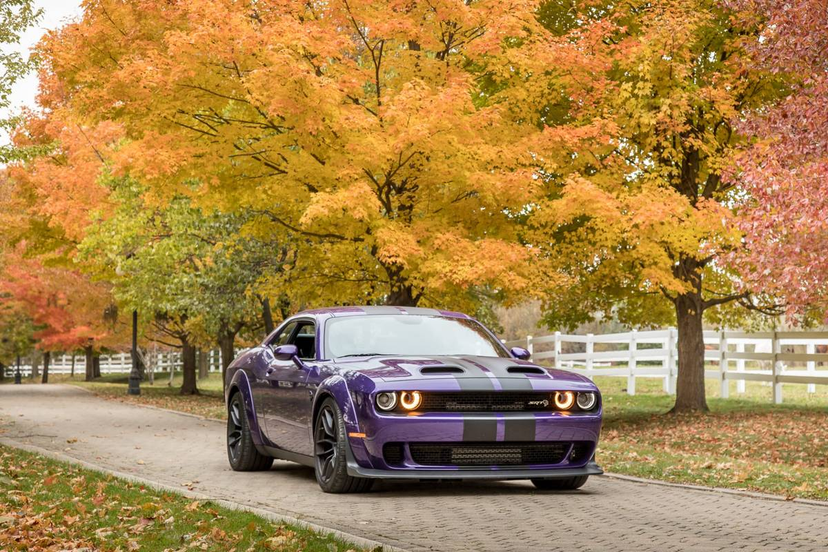 Fall Fashions Aren't Just for the Runway: Fall Colors 'n' Cars Photos