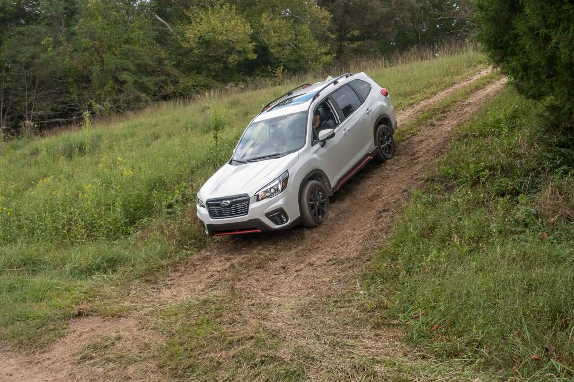 06-subaru-forester-sport-2019-angle--exterior--front--off-road--