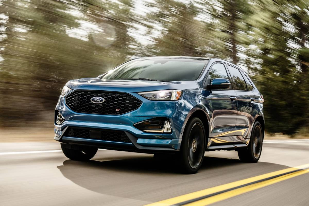 2019-Ford-Edge-ST-4.jpg