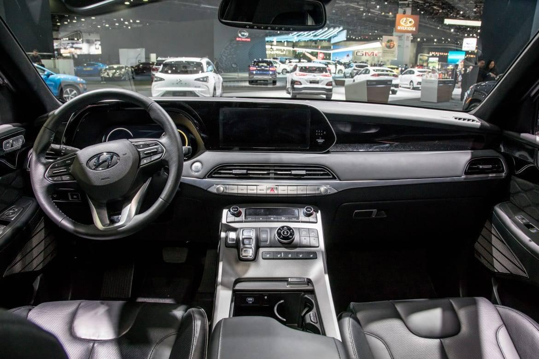 04-hyundai-palisade-2020-autoshow--cockpit-shot--interior.jpg