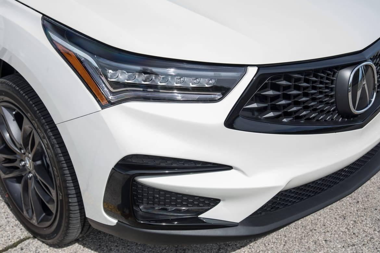 06-acura-rdx-2019-exterior--headlights--white.jpg